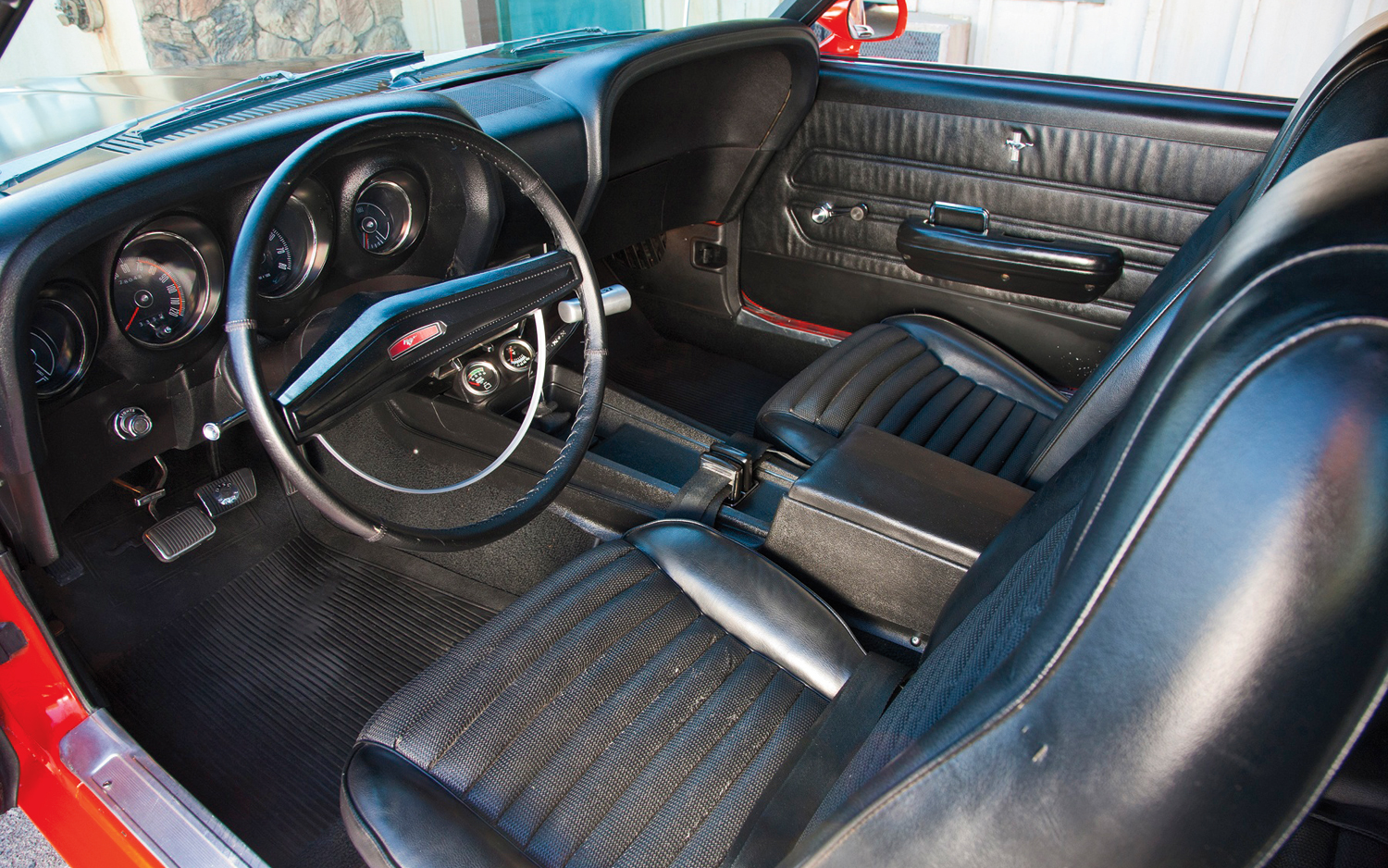 50 things you probably didn 39 t know about the ford mustang 365 days of motoring blog - Interior ford mustang ...