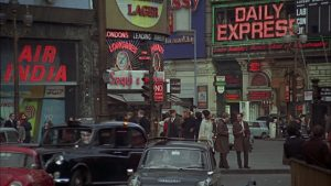 London Traffic (Piccadilly Circus) - 1966