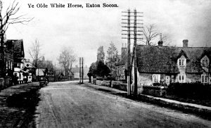 The British government introduced the first national guidelines on where and how white lins should be painted. Before that there had been many local differences on how roads were marked, or not marked - as the image of the Great North Road above from the 1920s illustrates.