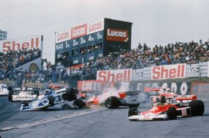 James Hunt involved in a pile up 1976 British Grand P{rix
