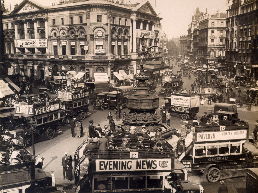 London (Piccadilly Circus) - 1919